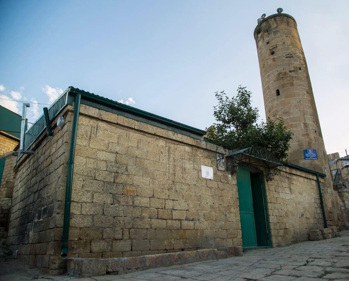 Мечеть с минаретом, VIII в.