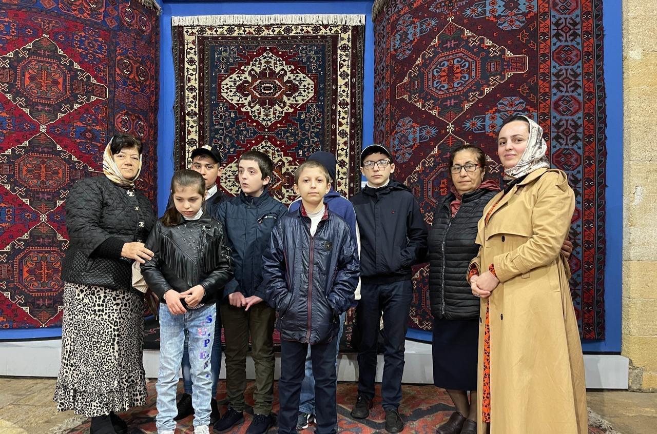 Таиса Алибутаева провела экскурсию для детей школы-интерната с ОВЗ