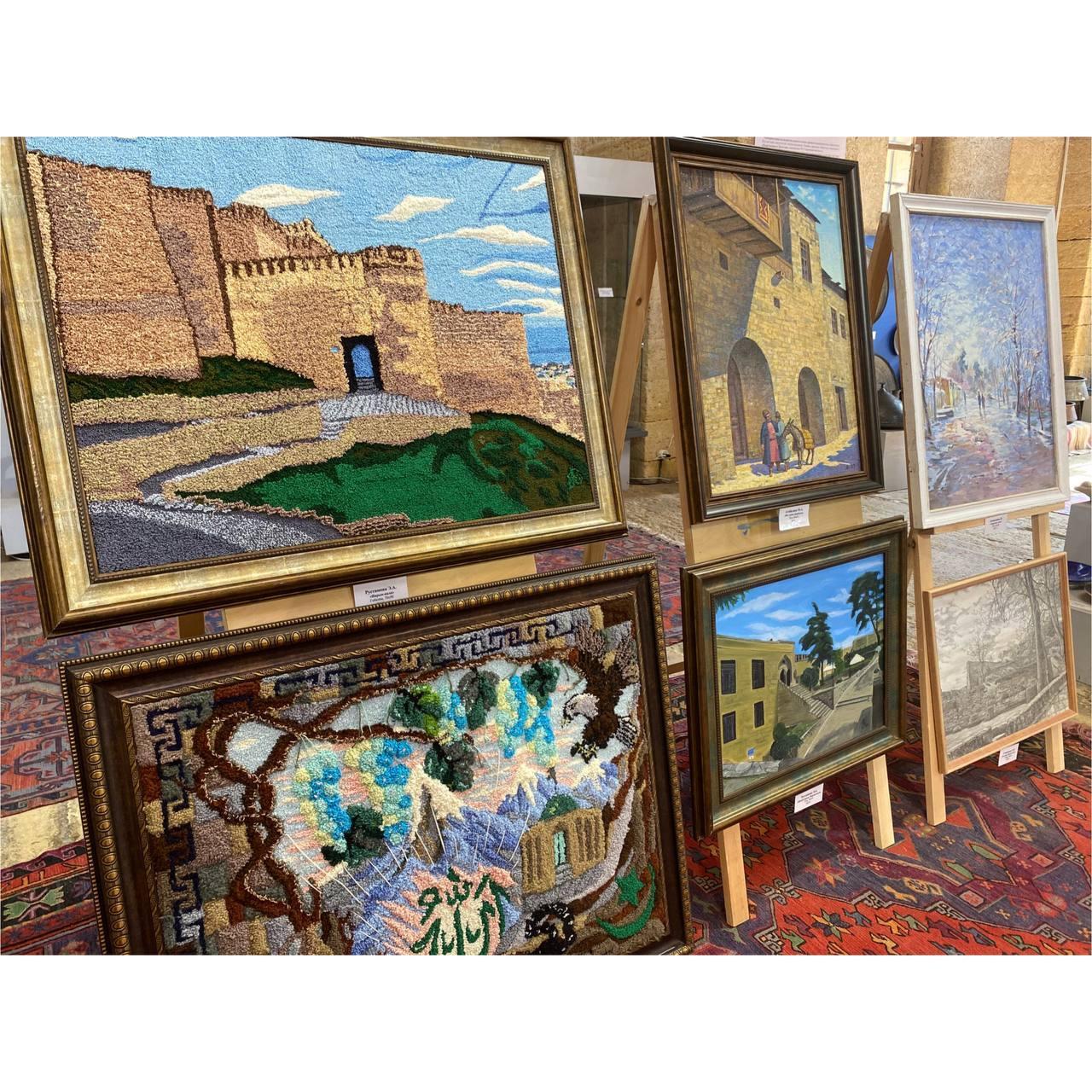 Выставка «Живописный Дербент»
