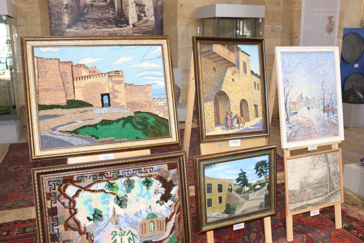 Выставка картин «Живописный Дербент».